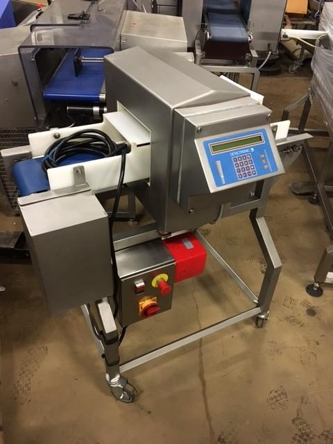 Detectronic Metal Detector