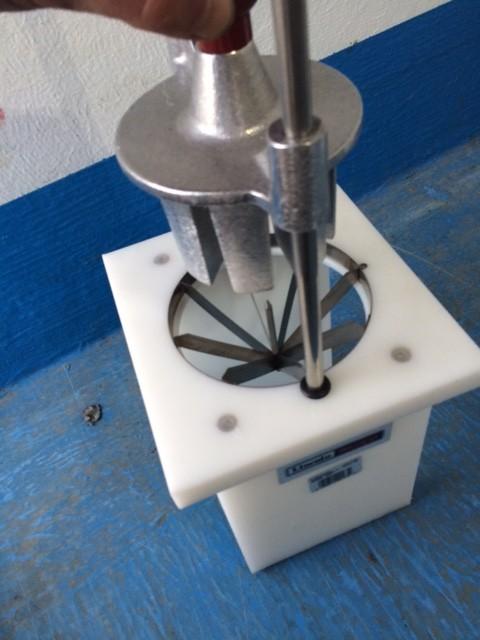 Hand Wedging Machine