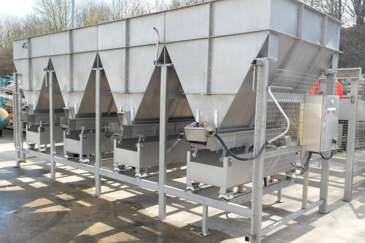 Cox and Plant Bulk Tank Feeders